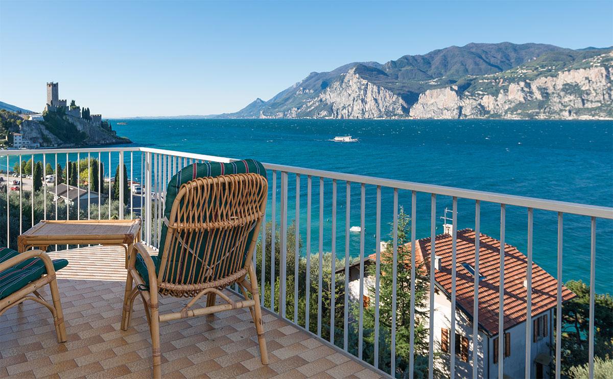 Euro Tourist Ferienwohnung Gardasee Terrasse